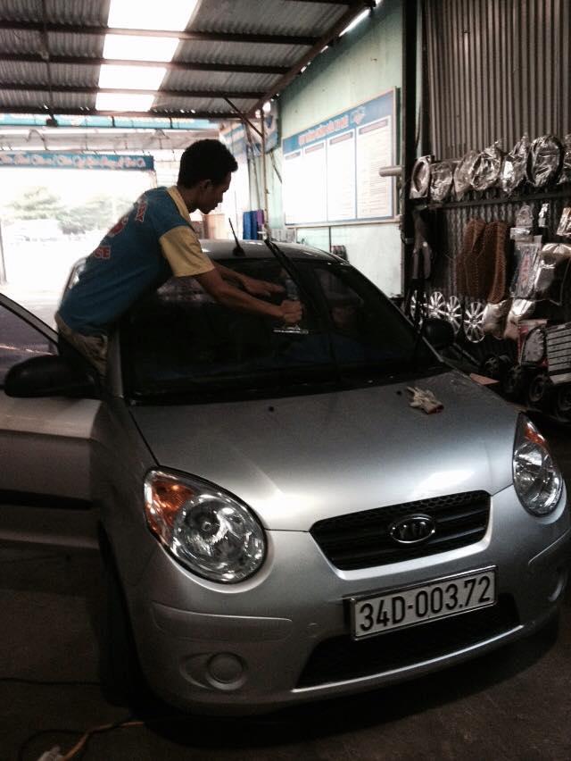 Garage ô tô Hoàng Gia Phát