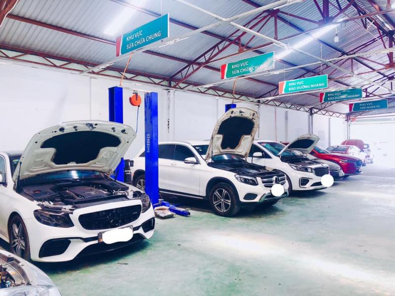 Garage Sửa Chữa Ô Tô Vương Phát