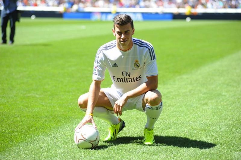 Hình ảnh Bale ra mắt Real Madrid