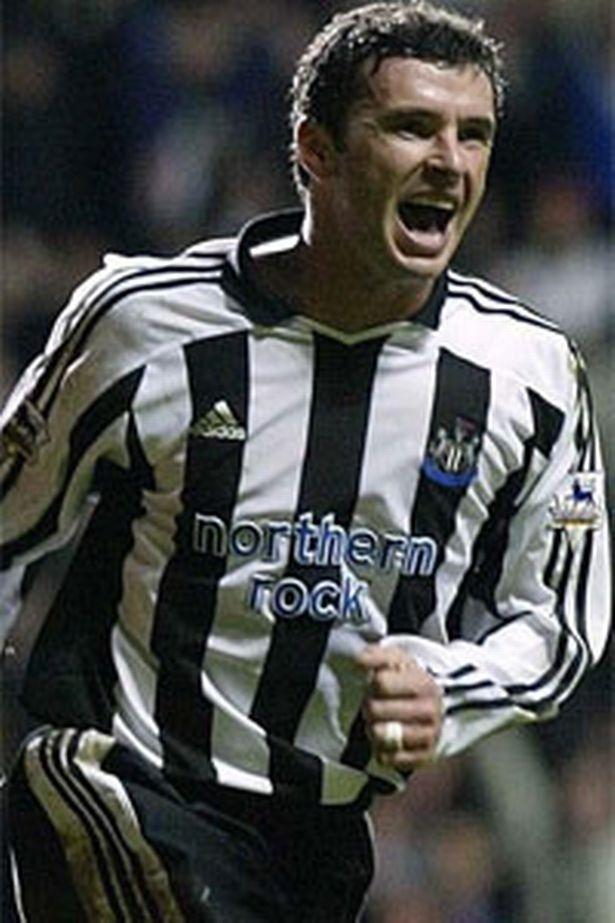 Gary Speed khi còn khoác áo Newcastle