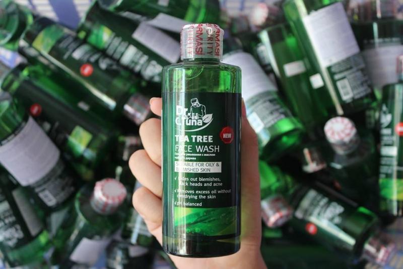Gel rửa mặt Tea Tree Series Face Wash Farmasi