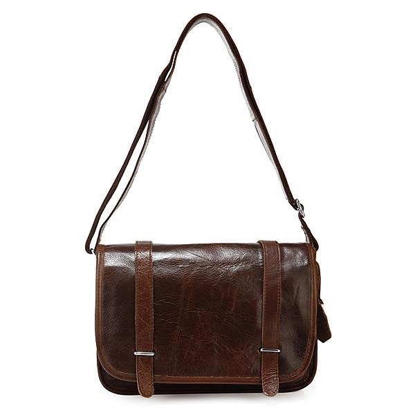 Túi da bò đeo chéo có giá 2.250.000đ tại Gento Leather