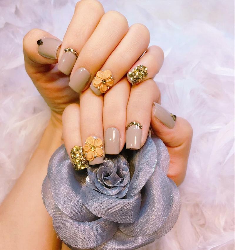 Ghe love Nail