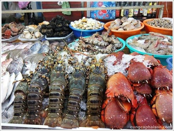 Mui Ne fresh seafood market