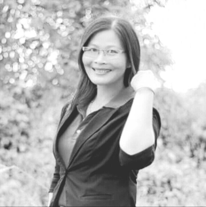 Ảnh chân dung tác giả Hương Tràm