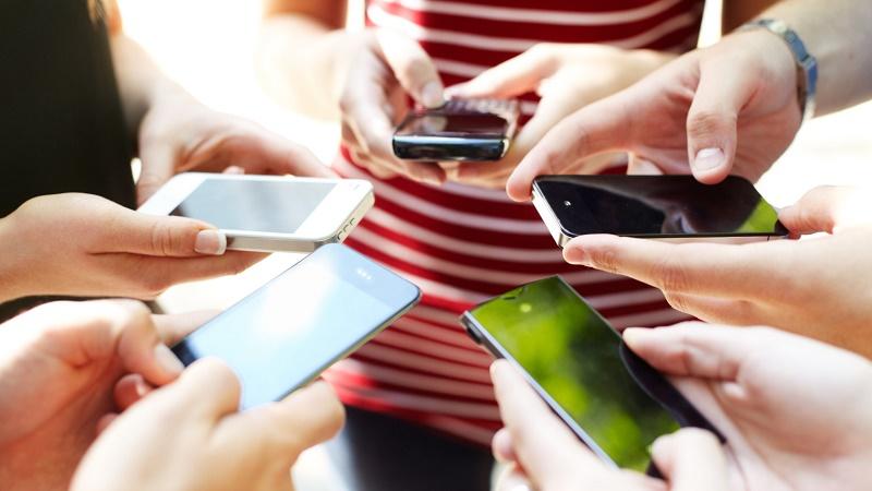 Giảm âm khi sử dụng điện thoại nơi công cộng