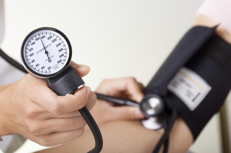 Người cao huyết áp nên tích cực ăn lựu