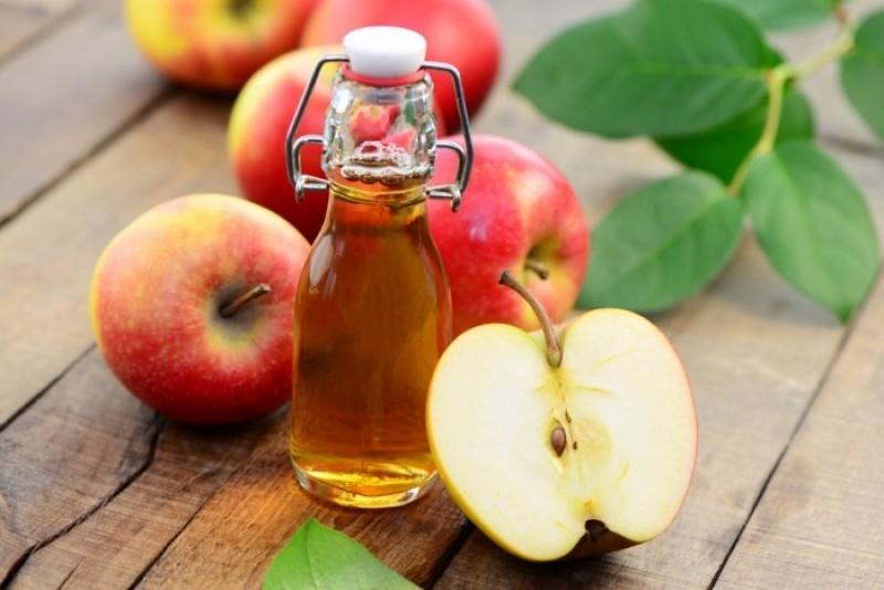 Giấm táo chống rụng tóc
