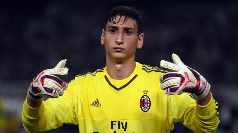 Gianluigi Donnarumma là thủ môn trẻ nhất của Serie A thời điểm hiện tại