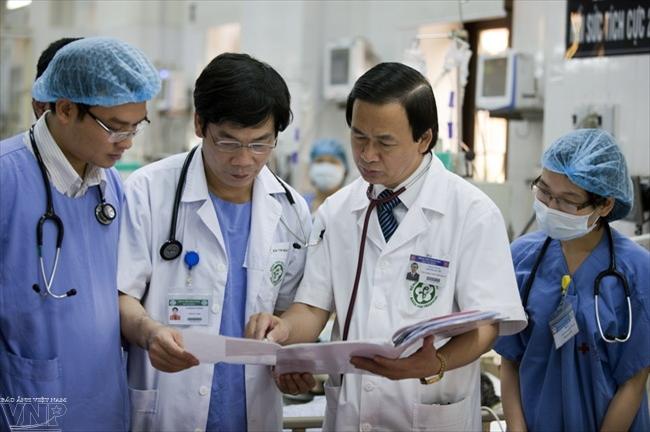 Giáo sư Nguyễn Lân Việt là người thầy, bác sĩ tâm huyết với nghề.