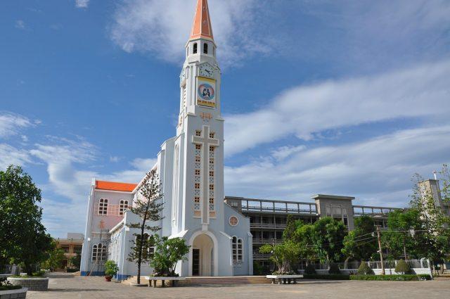 Nhà thờ Nhọn