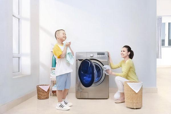 Kiêng giặt quần áo ngày 1