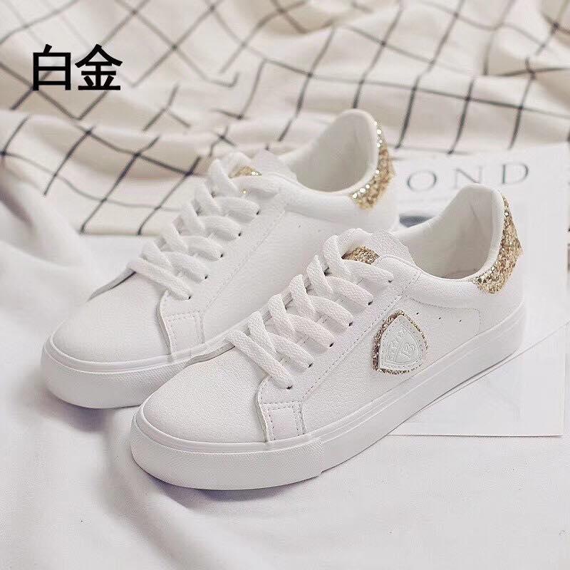 Giày Bibi shop chuyên cung cấp sỉ lẻ các mẫu giày converse,chuck 2 ,vans,tubular, stan mith, huarache...