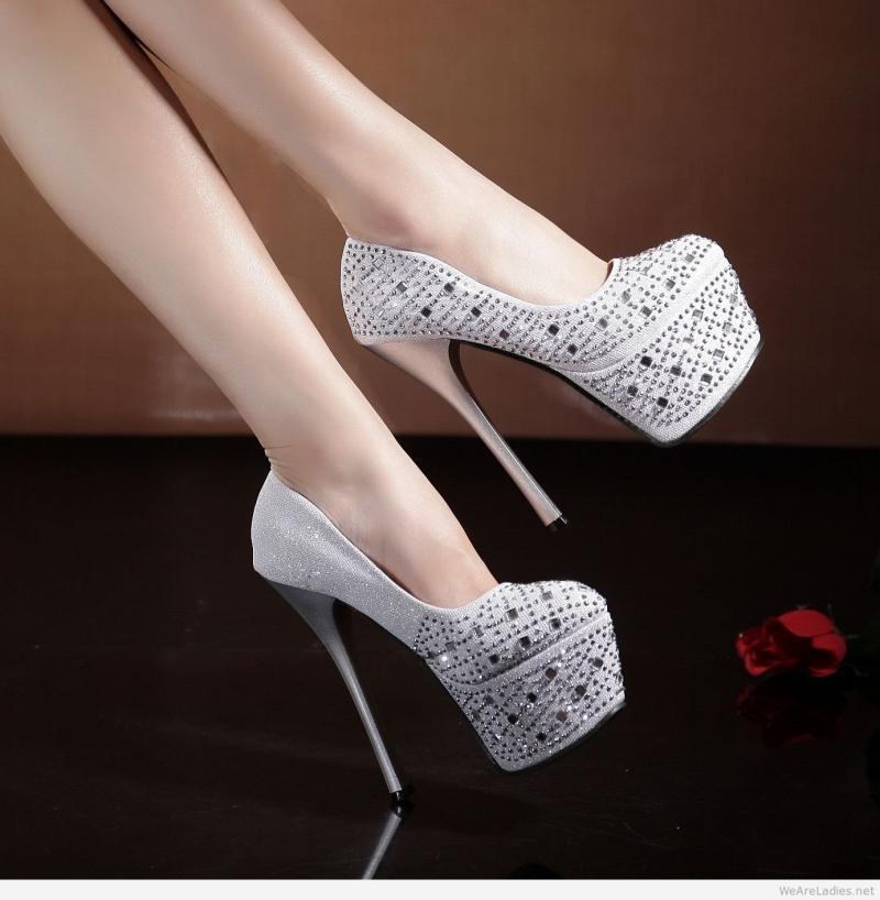 Giày cao gót l