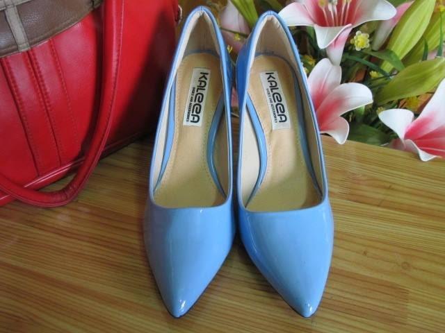 Đôi sandal cao gót từ thương hiệu Kaleea.