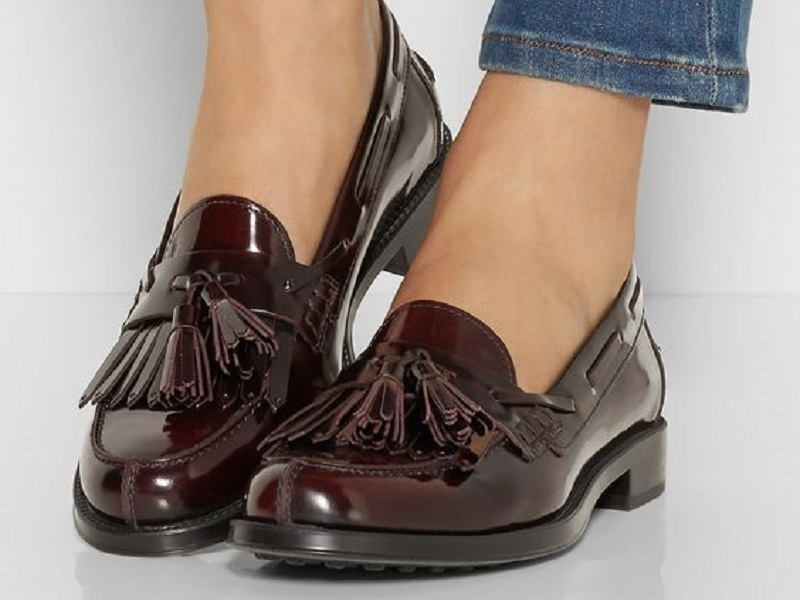 Giày loafer