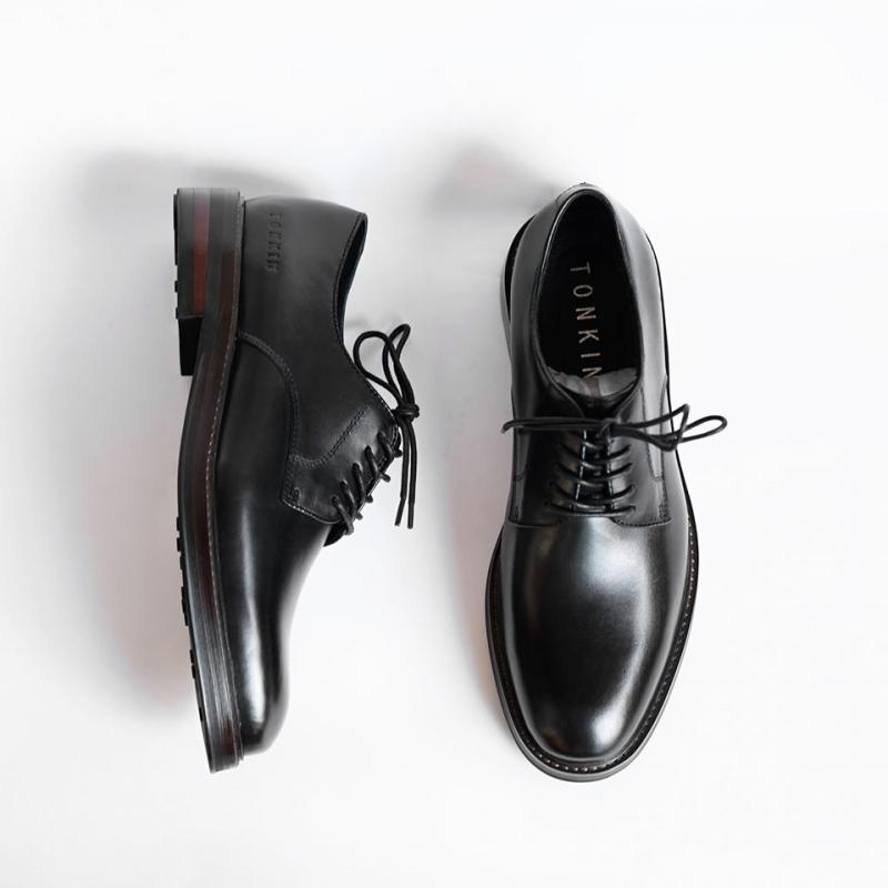 POSTMAN - Đôi giày nhất định phải có
