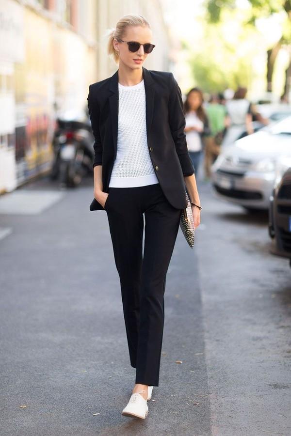 Do độ dân dã của chúng nên giày oxford sử dụng cho trang phục dạo phố cũng rất đẹp.