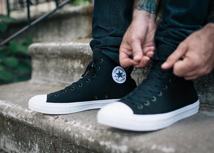 Một kiểu giày sneaker cho nam