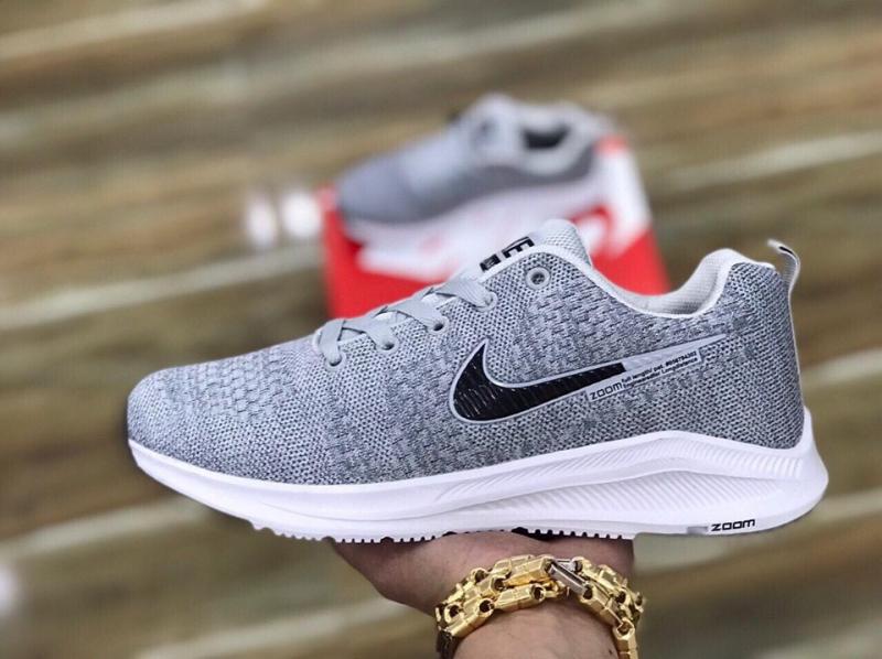 Giày thể thao Quang Khánh