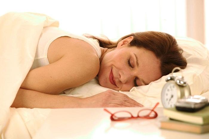 Giữ đầu óc thoải mái trước khi đi ngủ