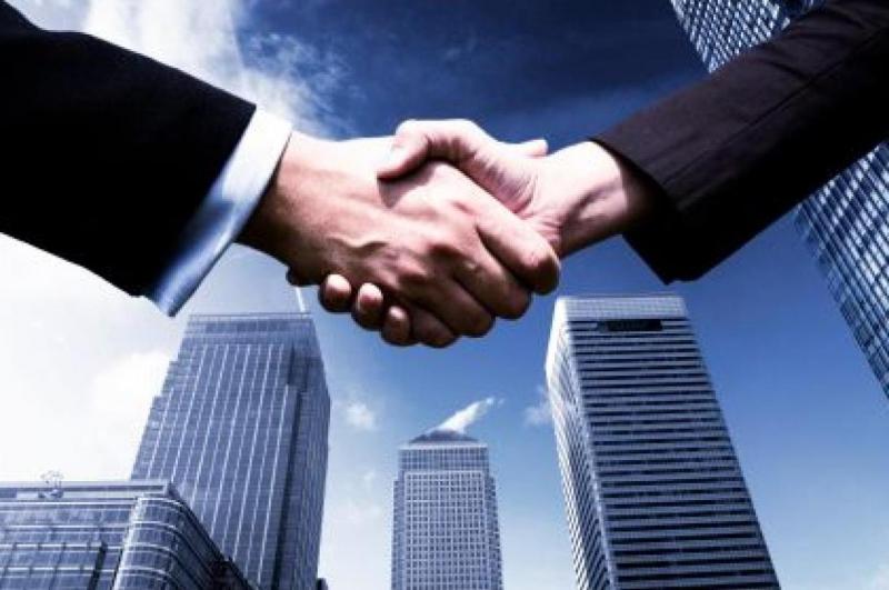 Giữ liên lạc thường xuyên với ngân hàng trong và sau khi giải ngân