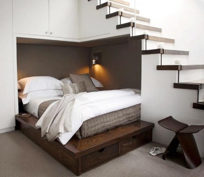 Giường ngủ kiêng cầu thang ép đỉnh