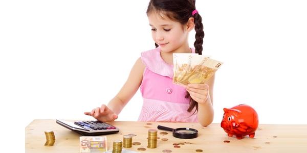 Giúp trẻ có mục tiêu tiết kiệm