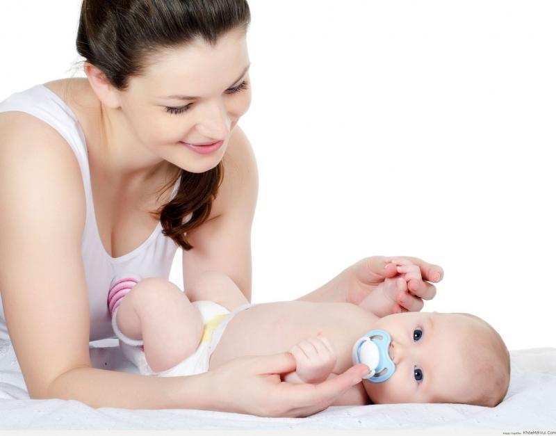 Dịch vụ chăm sóc em bé.