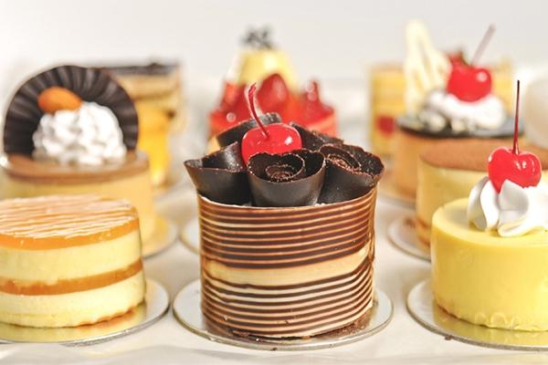 Bánh cakecup Givral