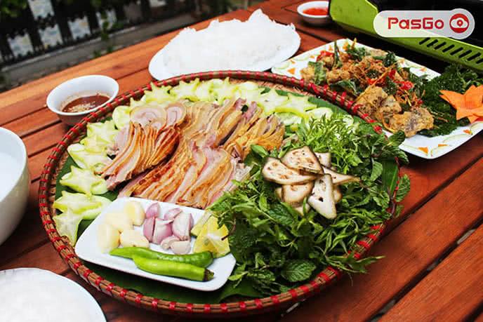 Món ăn tại Gộc Quán