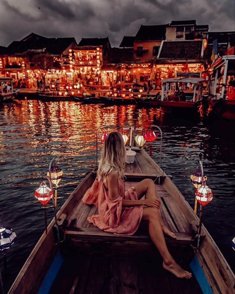 Sông Hoài về đêm