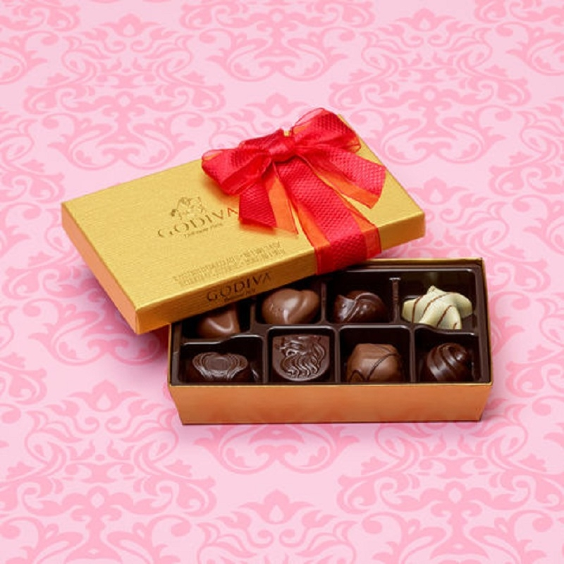 Phiên bản Valentine với giá gần 400.000VND cho 8 viên socola