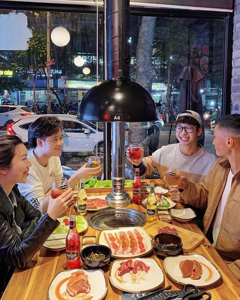 Cùng thưởng thức những món nướng không khói kiểu Hàn.