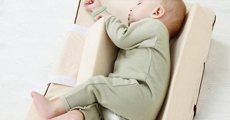 Gối chống trào ngược BabiesKey