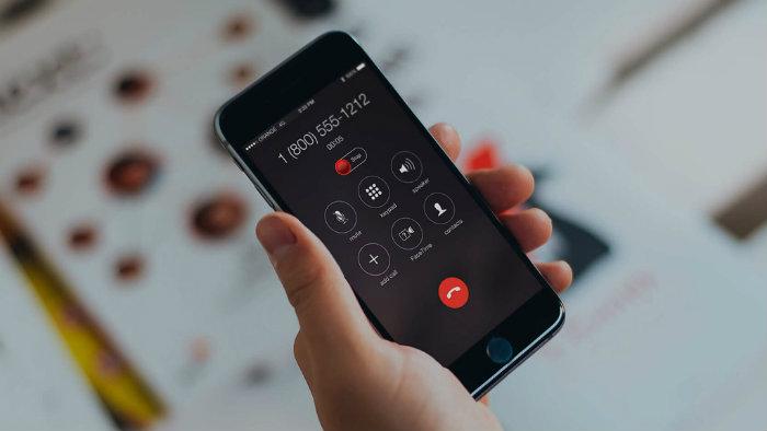 Gọi điện thoại ngay cả khi có thể nhắn tin