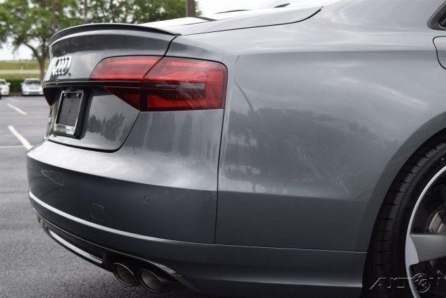 Gói Dynamic cho xe Audi S8: 11.000 USD