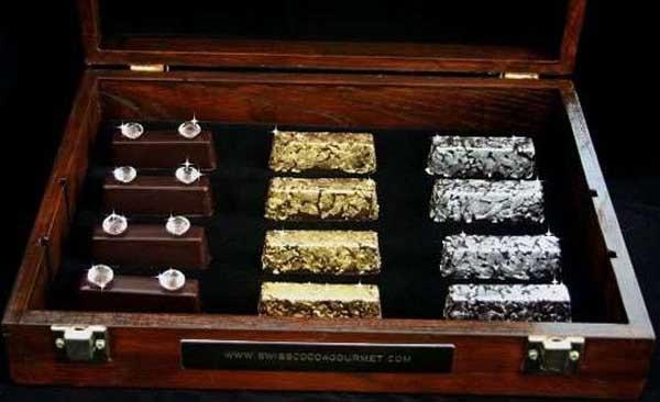 Gold and Diamond chocolates (1.250 USD - 26,6 triệu đồng)