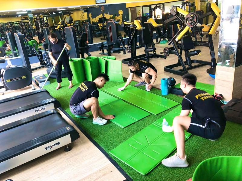 Golden Gym & Hot Yoga