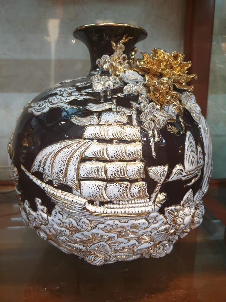Gốm sứ phong thủy và tâm linh cao cấp Hoàng Hùng