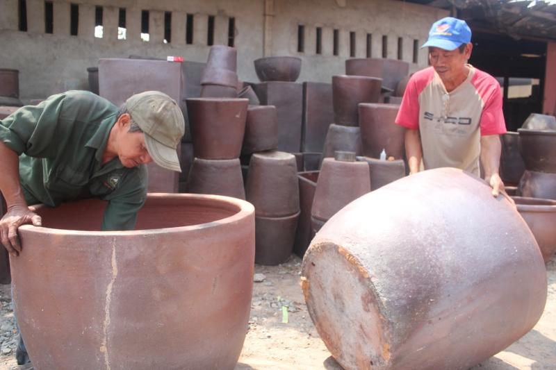 Sản phẩm gốm Tân Vạn