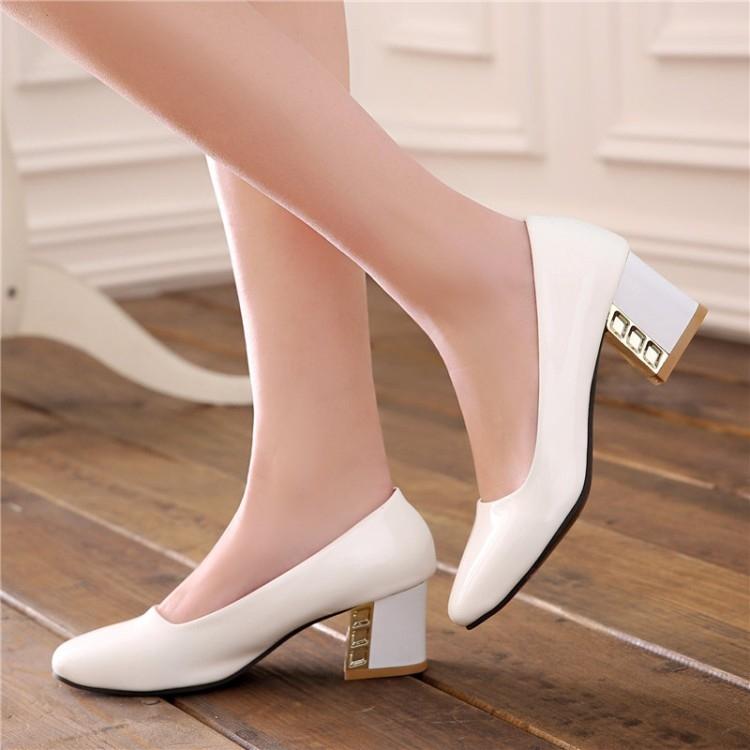 Top 7 Kiểu giày đẹp mà mọi cô gái đều muốn có