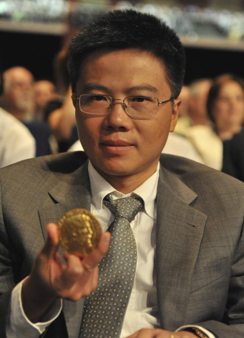 GS. Ngô Bảo Châu