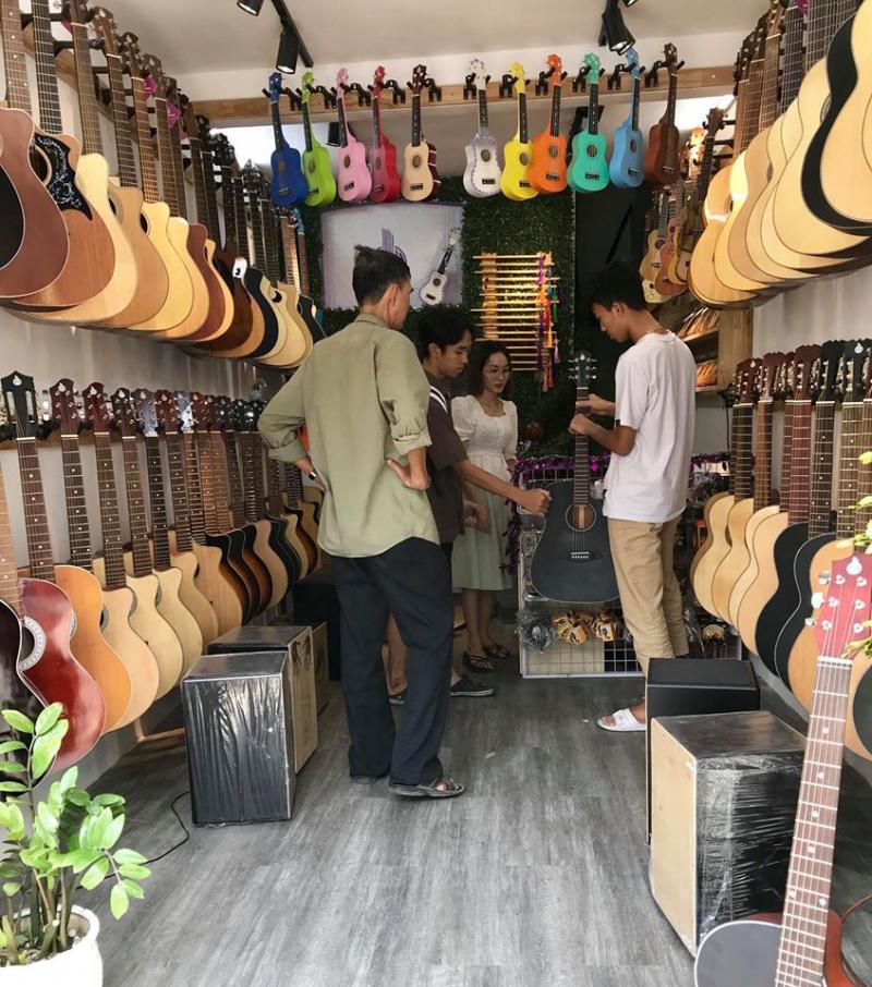 Guitar Sinh Viên Sài Gòn