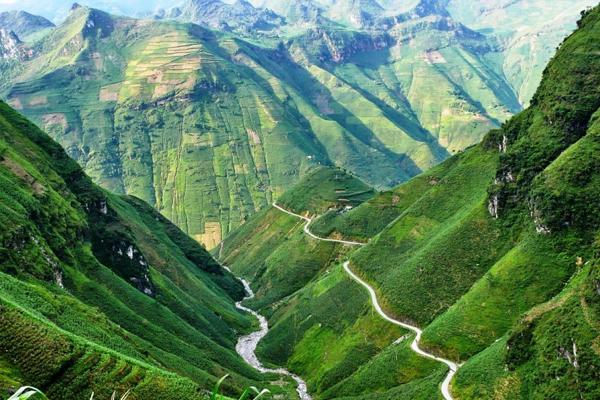 Khung cảnh hùng vĩ của mảnh đất Hà Giang