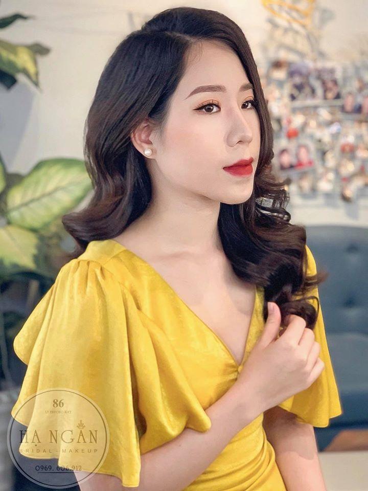 Hạ Ngân Bridal & Makeup Artist