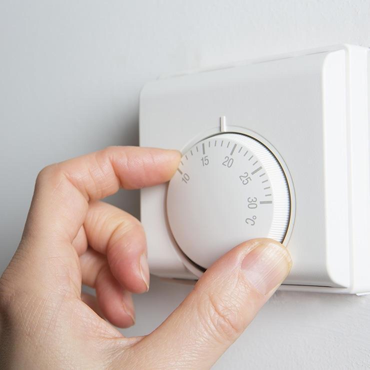 Một căn phòng có nhiệt độ thích hợp sẽ kích thích cơ thể nghỉ ngơi và ngủ nhanh hơn