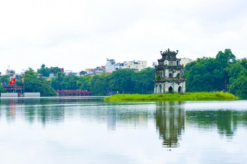 Hồ Gươm nổi tiếng