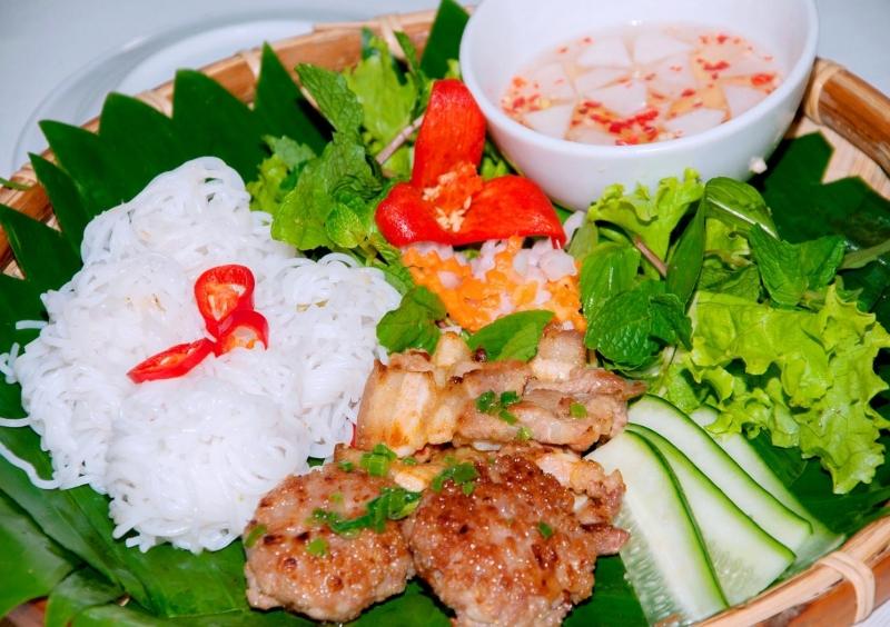 Tinh hoa của văn hóa ẩm thực ở thủ đô Hà Thành.