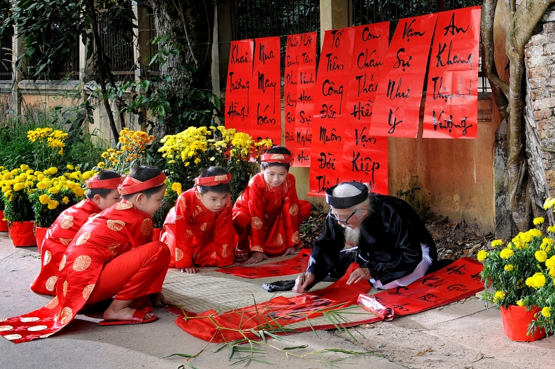 Xin chữ đầu năm - một nét văn hóa Việt